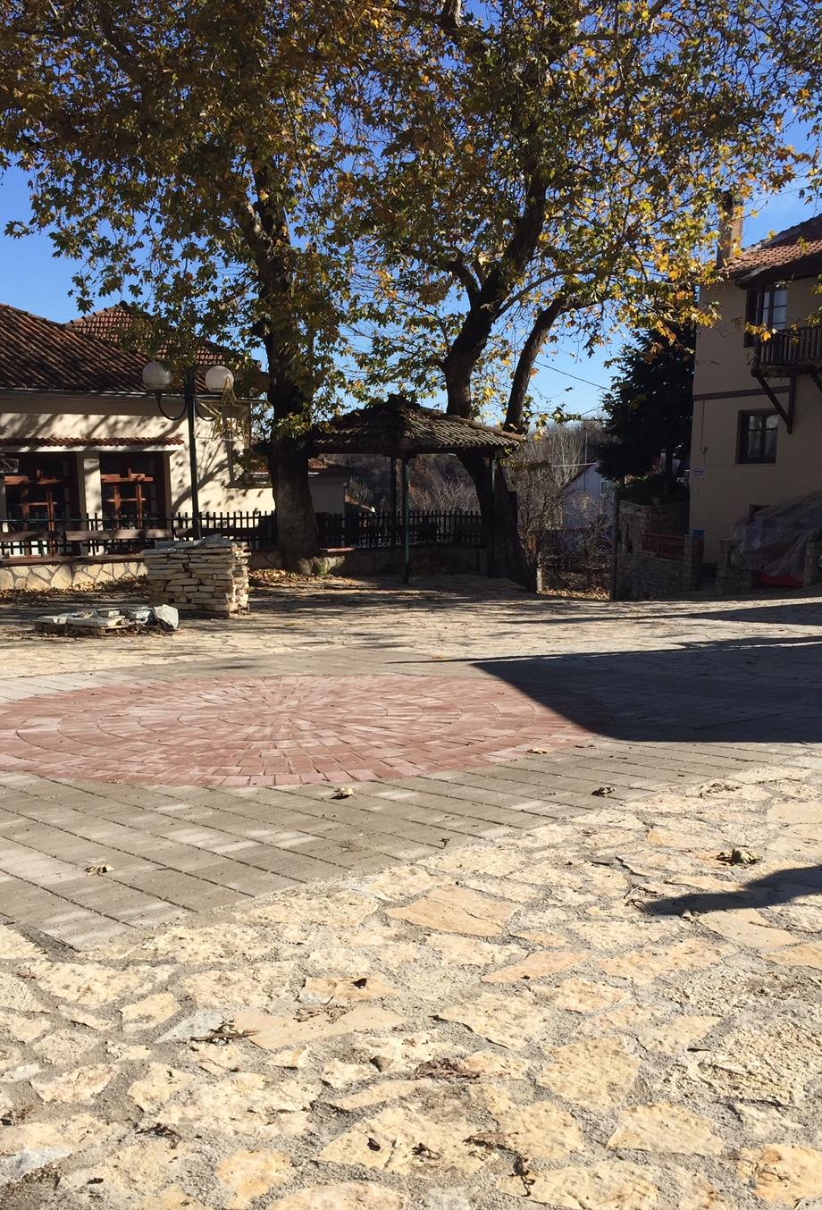 Ανακατασκευάστηκε η πλατεία στο Ξυλοπάροικο