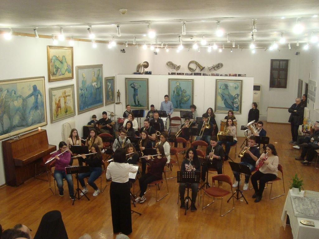 Φιλ-αρμονική μουσική στα Τρίκαλα